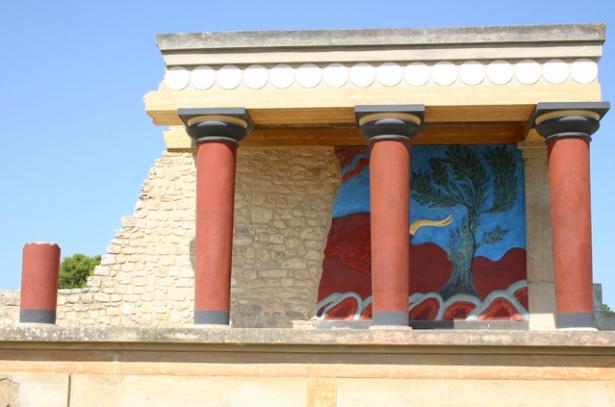 knossos-palace-1567948-639x422