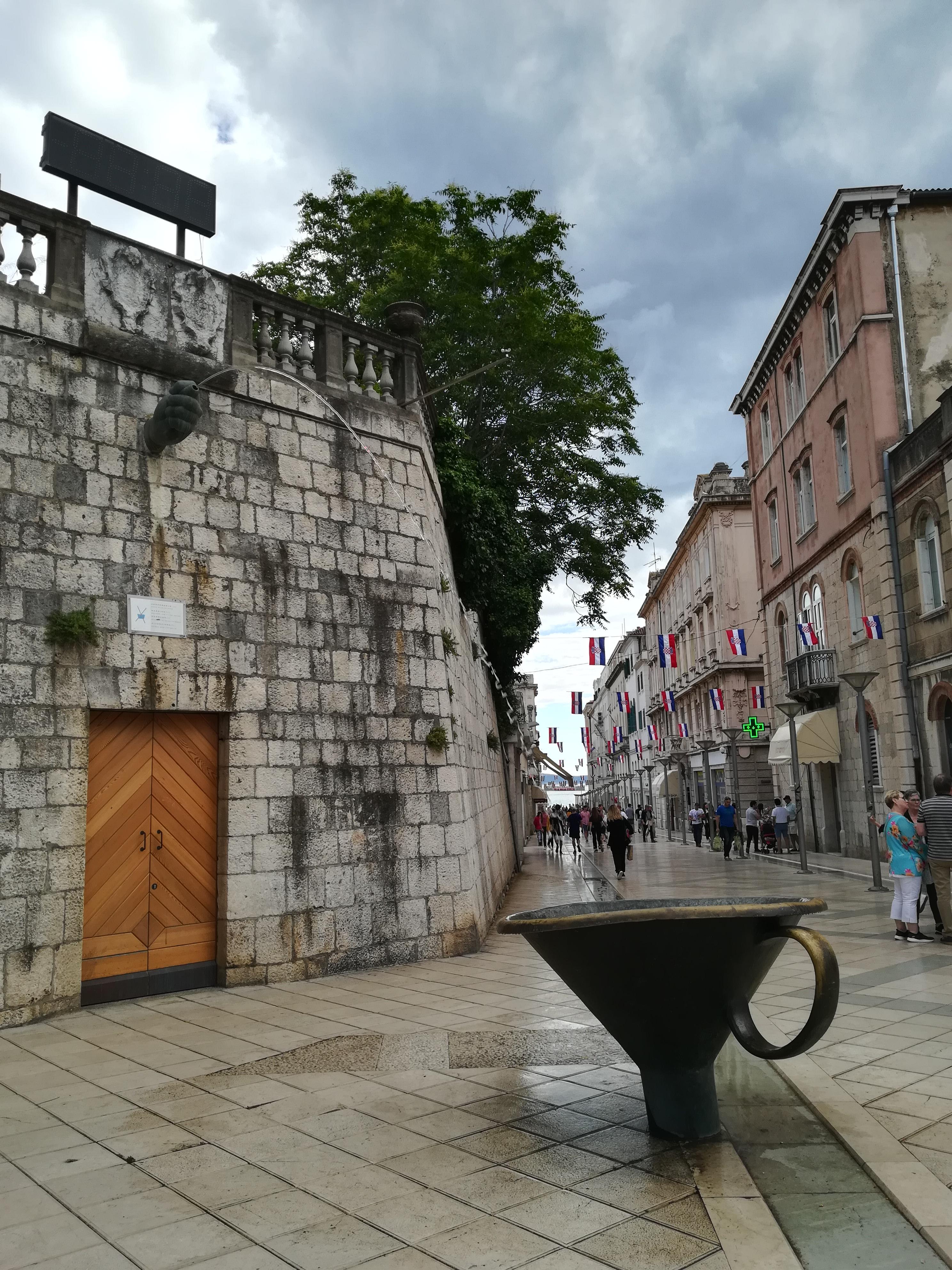 Fonte Funil (Pirja Fountain), no centro de Split
