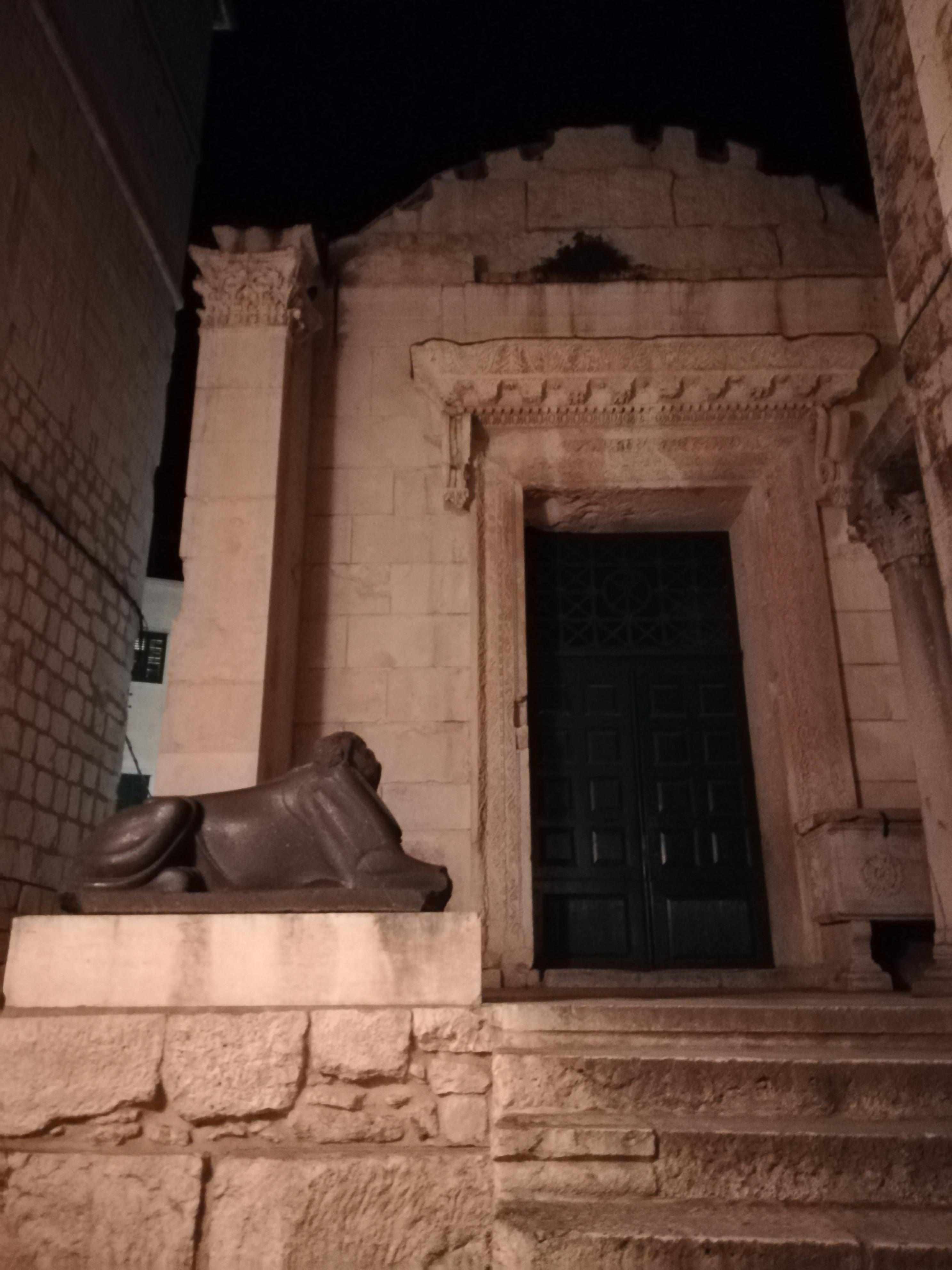 Templo de Jupiter, Split, Croacia