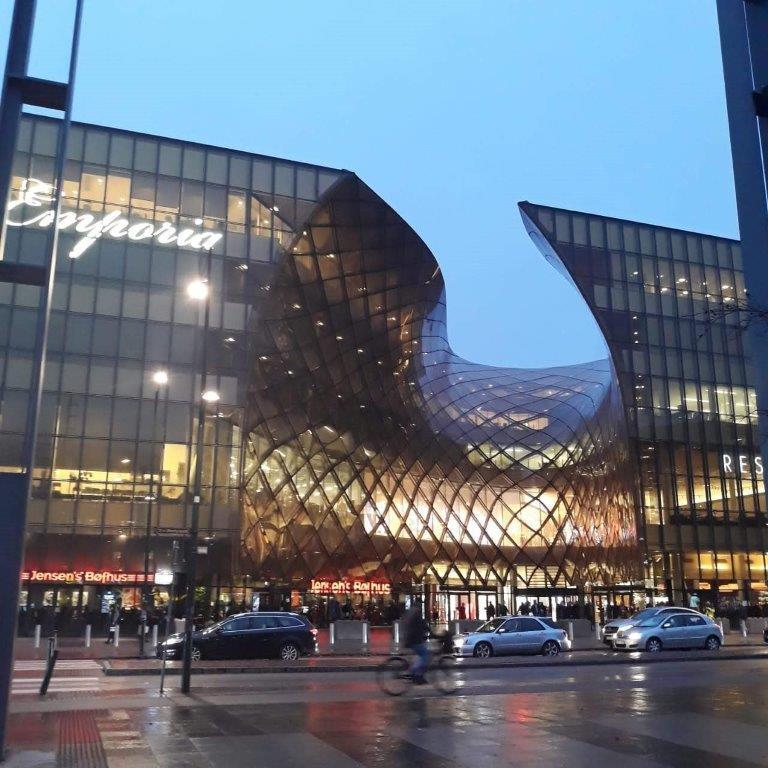 Arquitetura Nordica Predio em forma de gota Suecia Malmo